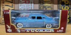 ROAD LEGENDS 1948 Tucker 1:18 Scale Metal Die Cast 92268 (A03)