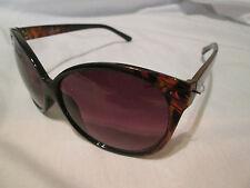 M: Reino Unido Brown Frame Gafas De Sol. Leona.