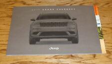 Original 2017 Jeep Grand Cherokee Deluxe Sales Brochure 17 SRT Laredo Overland