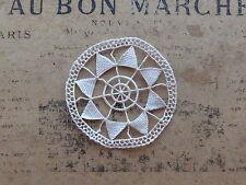 MERCERIE ANCIENNE-2 INCRUSTATIONS en DENTELLE DE VENISE-RONDE+ETOILE-Diam. 6cm