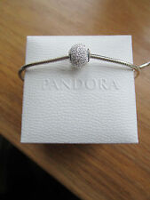 Pandora ESSENCE saggezza Charm 796016 viene fornito con custodia in pelle scamosciata Pandora