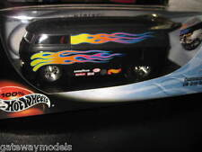 HOT WHEELS 1:18 SCALE CUSTOMIZED VW DRAG BUS KOMBI AWESOME LOOKING MODEL