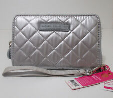 New MACBETH COLLECTION Margaret Josephs SILVER Wristlet WALLET Holds PHONE