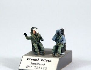 1/72 PJ PRODUCTION FRENCH PILOTS SEATED IN A/C (MODERN)