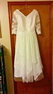 Wedding Dress Size 14 Short w/ Sleeves Never Worn Bohemian Boho Vintage Style