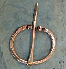 schlichte Omega Fibel  Bronze Mittelalter Wikinger Römer Germanen Alamanen