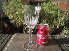 Italian Royal Crystal Rock Recital Vertical Cut Asymmetric Stem Wine Glass