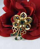 Vintage Gold tone  Emerald Green Rhinestone Brooch Pin CAT RESCUE