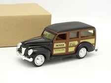 Ertl Sb 1/43 - Ford Woody Station Wagon Black 1940