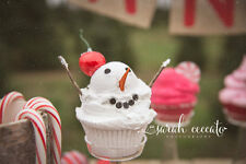 ICE CREAM SNOWMAN FAKE CUPCAKE PHOTO PROPS AND CHRISTMAS HOME  PARTY DECORATIONS