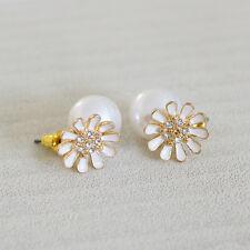 E964 Forever 21 White Sun Flower Sunflower Kissing Pearl Ball Stud Earrings US