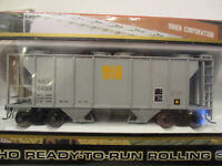 Atlas HO Maine Central PS2-2 Bay Covered Hopper, Road # 2499 ,NEW