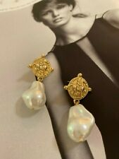 Latoir Instagram Blogger Gold Coin Horse Pearl Drop Minimalist Statement Earring
