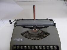 KW-609 VTG 1958 Hermes Baby Portable Typewriter & Case Switzerland CORRESPONDENT