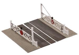 Peco Level Crossing Gates + Pedestrian wicket Gates OO Gauge Model Railway SS56