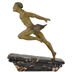 Art Deco sculpture running man or athlète L. Valderi 1930 France