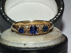 Beautiful Antique c1910 Solid 750 18ct Gold Natural Sapphire & Diamond Set Ring