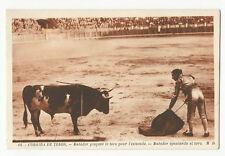 Bullfighting/Corrida de Toros - Matador igualando el toro - Vintage postcard