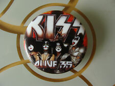 Bundle: Kiss : MP3 Badge Player, 3 Alive 35 Concerts in 2008