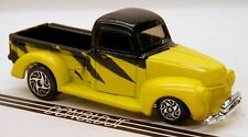 Racing Champions Street Wheels '40 Ford Pickup Black/Yellow 1940 Truck 1/64