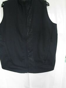 UNDER ARMOUR BLACK GOLF GILET SIZE LARGE WATER PROOF
