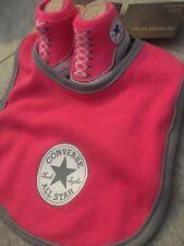 Converse All Star Baby Chucks und Lätzchen Geschenkset Pink Rosa Weiß