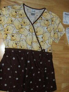 Disney Winnie The Pooh scrub top - XSmall