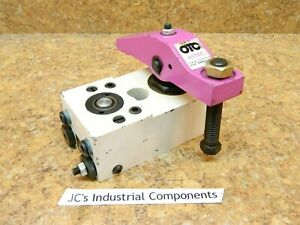 SPX Hytec 100108 model B  left  hydraulic swing clamp  1200 lbs clamping force