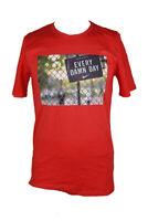 Nike Men's Red Short-Sleeve Photo Graphic Print T-Shirt S