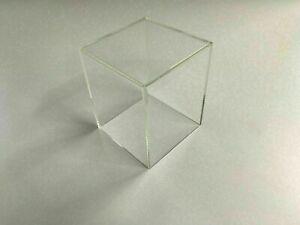 Acrylglaswürfel - Dekowürfel - Warenpräsenter      (300 mm x 300 mm)
