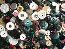 500g BUTTONS CRAFT VARIOUS SIZES & COLOURS APPROX 1000+