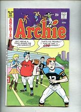 Archie Comics #250-1976 vg Archie Football cover / Suicide story