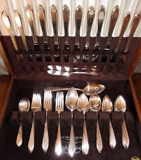 Antique Wm Rogers LUFBERRY 1915 Silver Plate Flatware Dinner & Grille Services