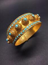 18 KARAT YELLOW GOLD Turquoise-Studded Traditional Ethnic Bangle Bracelet