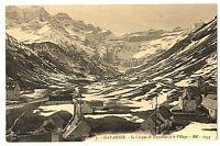 CPA 65 Hautes-Pyrénées Gavarnie Le Cirque et le Village