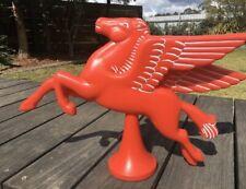 Mobil Pegasus Flying Red Horse - Petrol Station Bowser Garage, BOWSER GLOBE