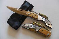 CP-069 Couteau de Secours Multifonctions Lame Acier Dorée 10cm Manche Gravé Alu