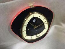Horloge pendule murale  SMI  vintage formica noir et rouge    année 50 60 70