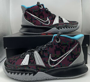 Nike Boys Kyrie CT4080-008 Multicolor Basketball Shoes Lace Up Mid Top Size 5Y