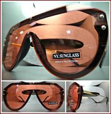 8f09133c21 Grande Retro Escudo Estilo Gafas de Sol Negro y Dorado Marco Plano Rojo  Lente