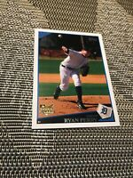 2009 TOPPS DETROIT TIGERS RYAN PERRY ROOKIE CARD # 451 MINT CONDITION