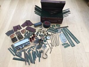 VINTAGE MECCANO, 1930's LARGE COLLECTION