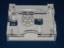 raspberry pi 3A white case with a clear top