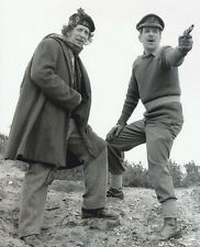 Tom Baker and Nick Courtney UNSIGNED photo - H10 - Doctor Who
