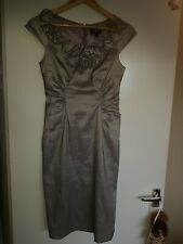 """Adrianna Papell Grey Evening Wear Dress. Size 4 Pit To Pit About 16"""" (40,5cms)"""