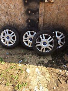 ford alloy wheel 14inch X Four
