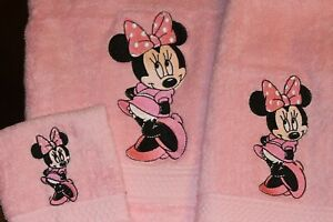 Minnie Mouse Personalized Embroidered 3 Piece Bath Towel Gift Set