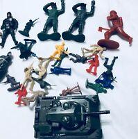Lot of Plastic Army Men large high quality gi joe action figures tank
