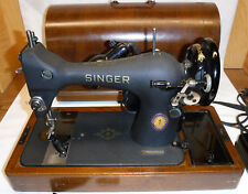 1951 Singer Sewing Machine  model 128  Bentwood Case box works Great Condition