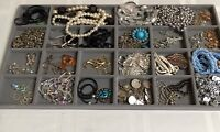 Necklace Pendant Lot Of 26 Gold Silver Tone Rhinestone Crystal Vintage NP5